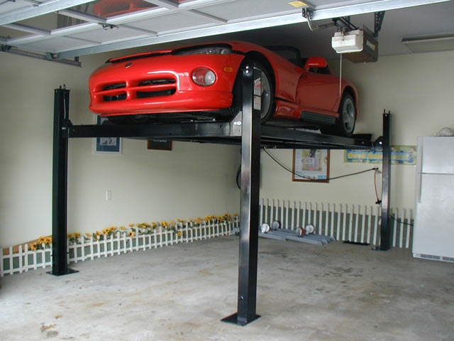 Tec mohawk storage lifts challenger quality ravaglioli for Over car garage storage